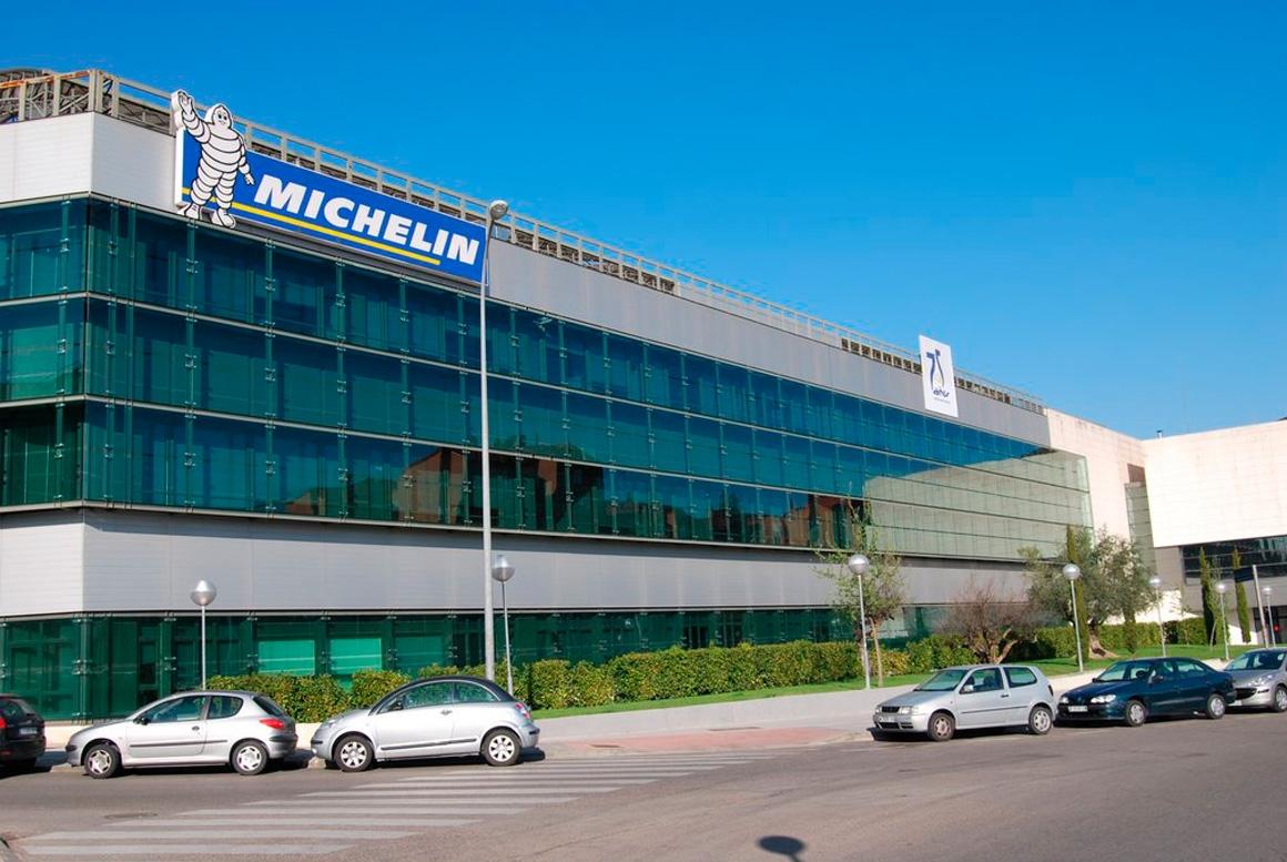 OFICINAS DE LA SEDE CENTRAL DE MICHELÍN EN TRES CANTOS, MADRID