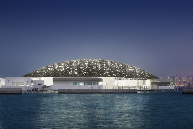 LOUVRE ABU DHABI MUSEUM, CULTURAL DISTRICT OF SAAYIDAT